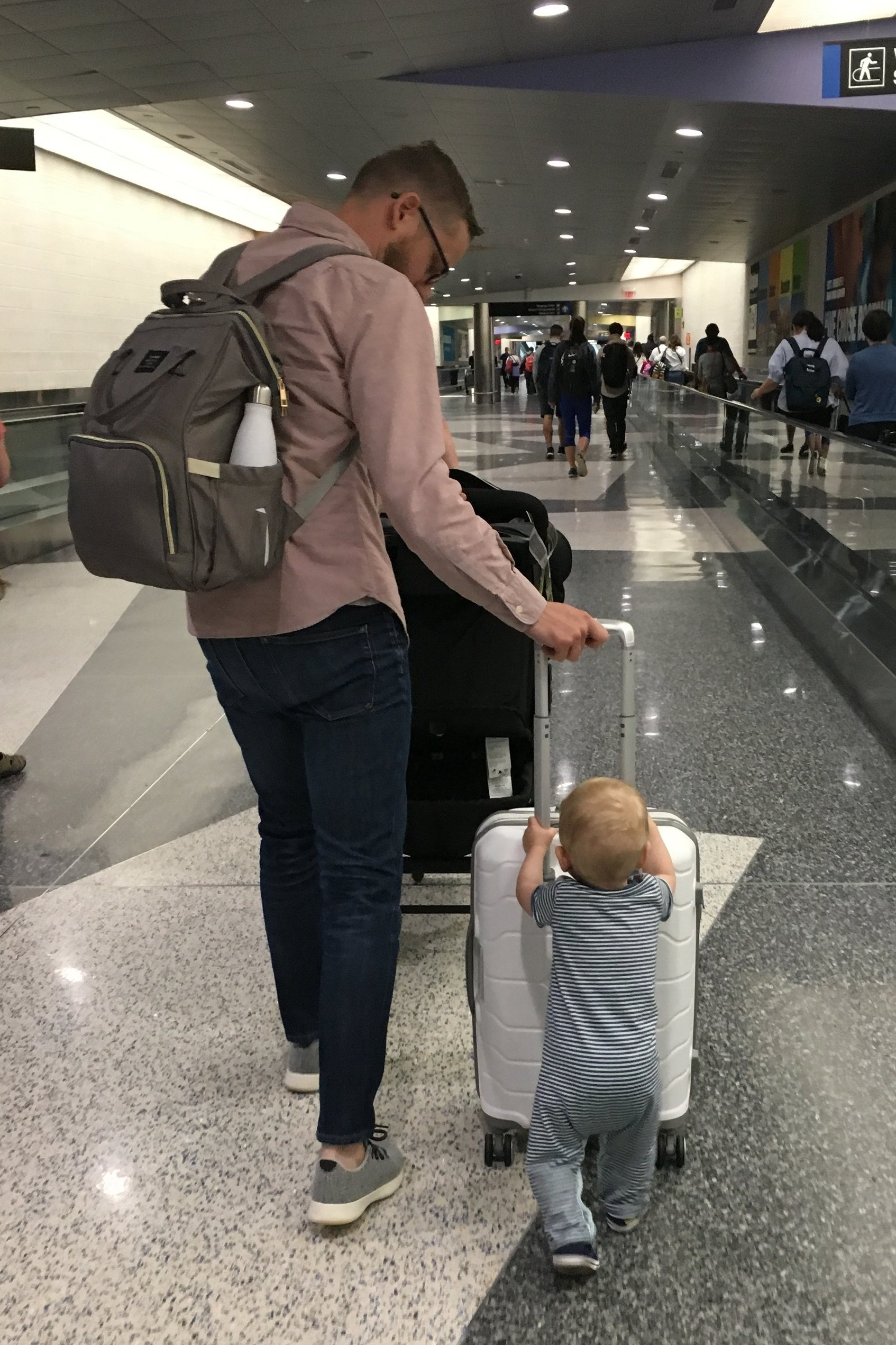 Functional & stylish diaper bag for traveling & flying with essentials