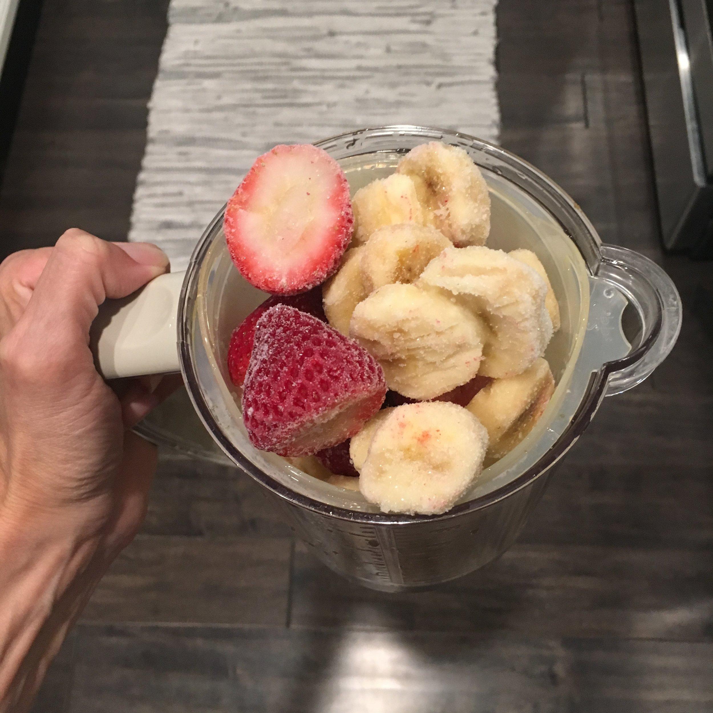 Step 2: Simple Toddler Fruit & Yogurt Smoothie