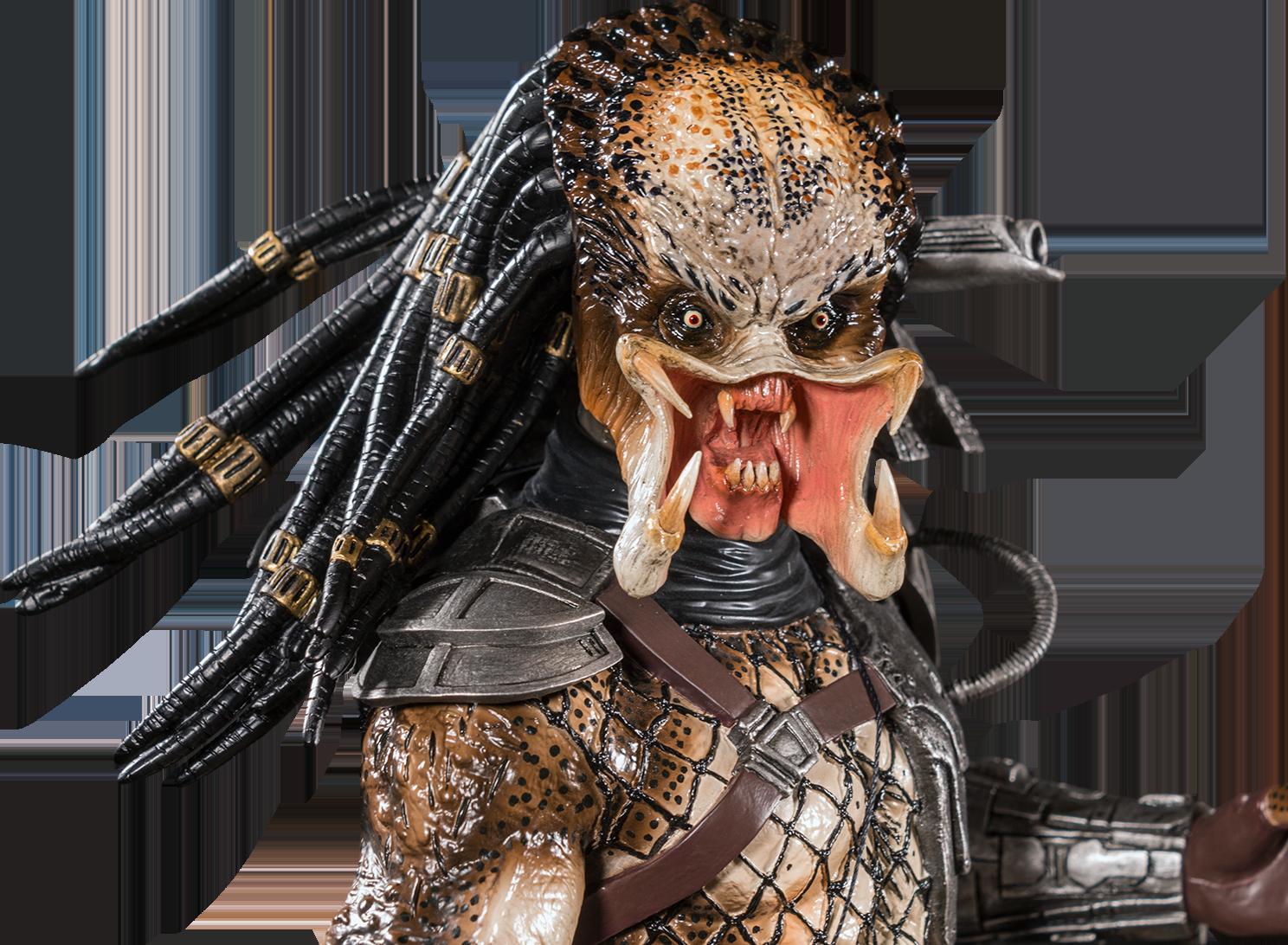 IKO0965-Predator-Statue-13.png