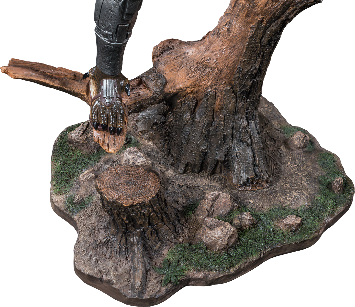 IKO0965-Predator-Statue-18.png