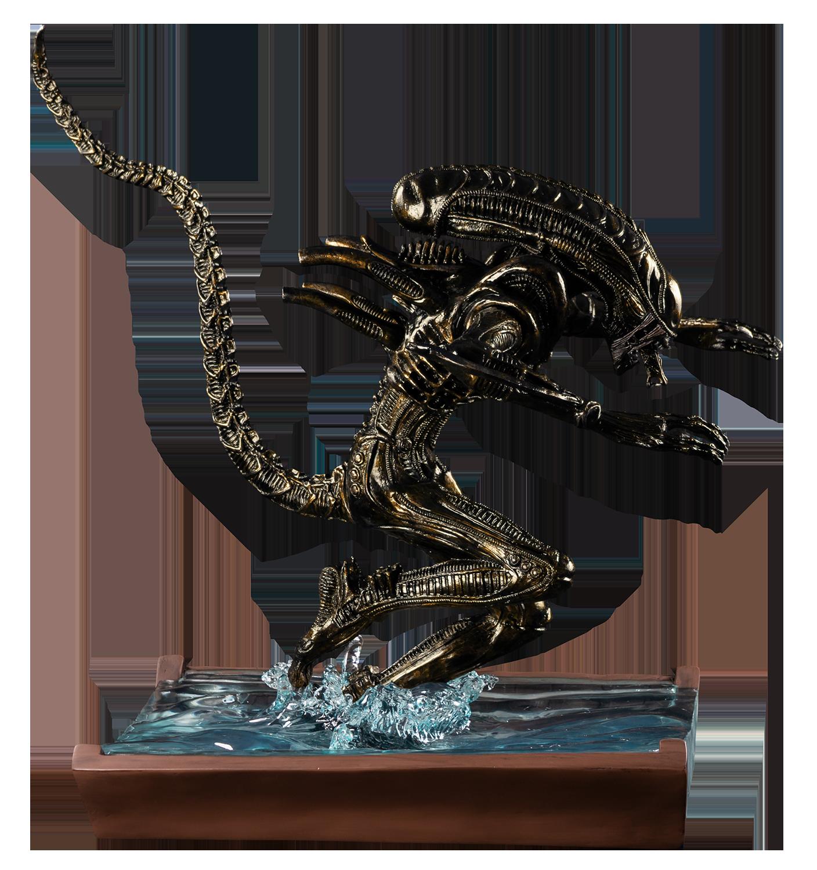 IKO1605-Alien-in-Water-Statue-New-Paint-7-136.png