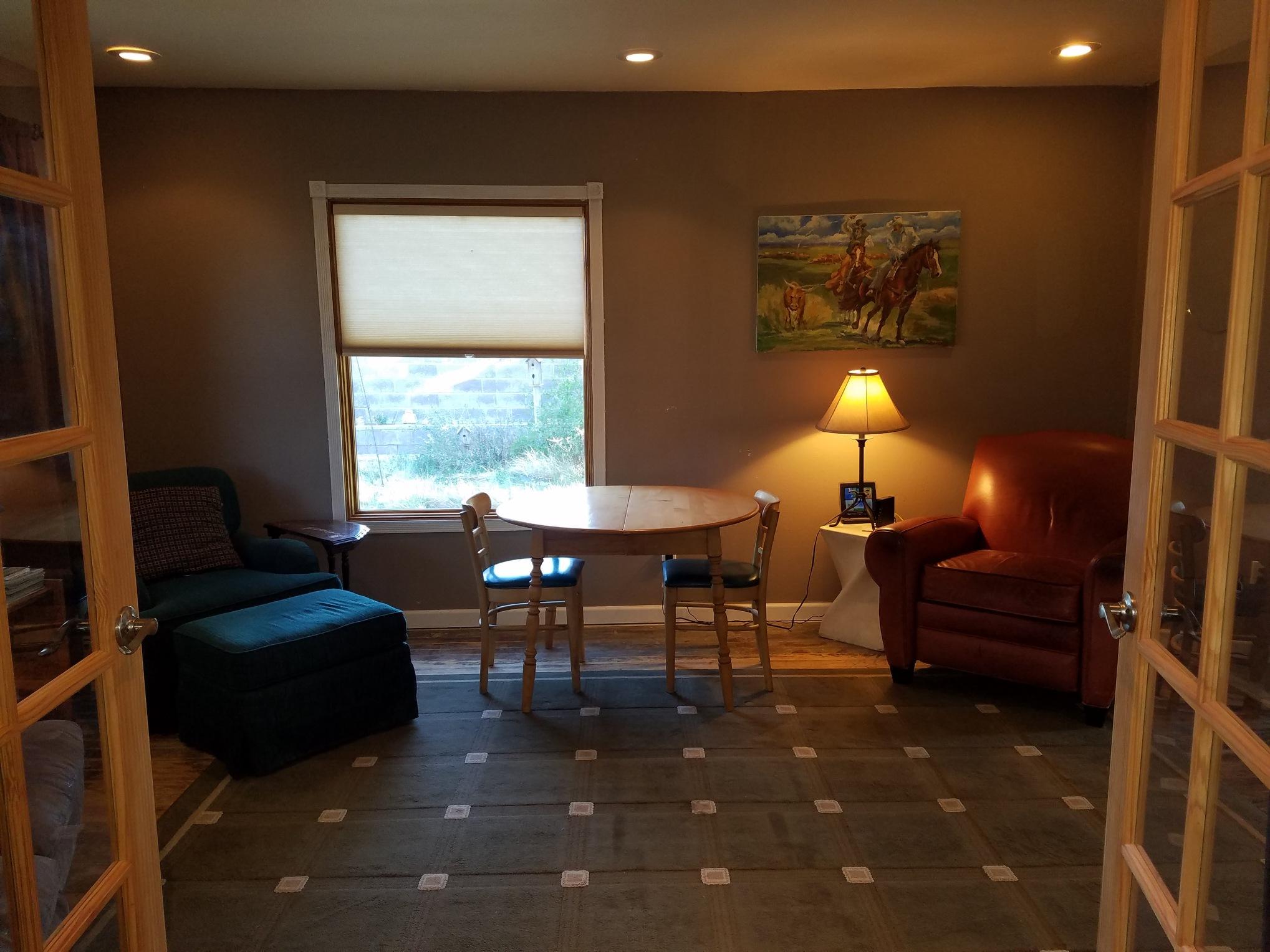 Guest House interior.JPG