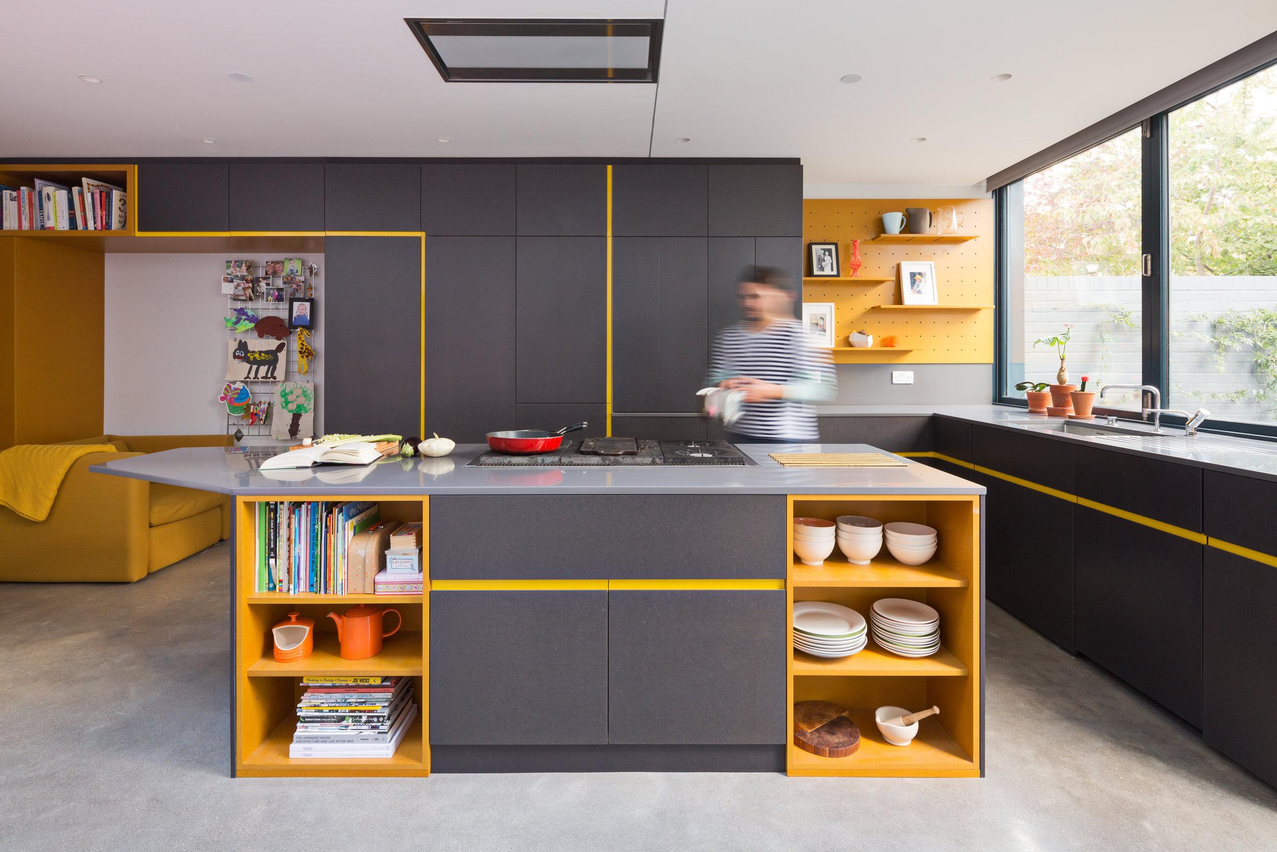 Etch Kitchen