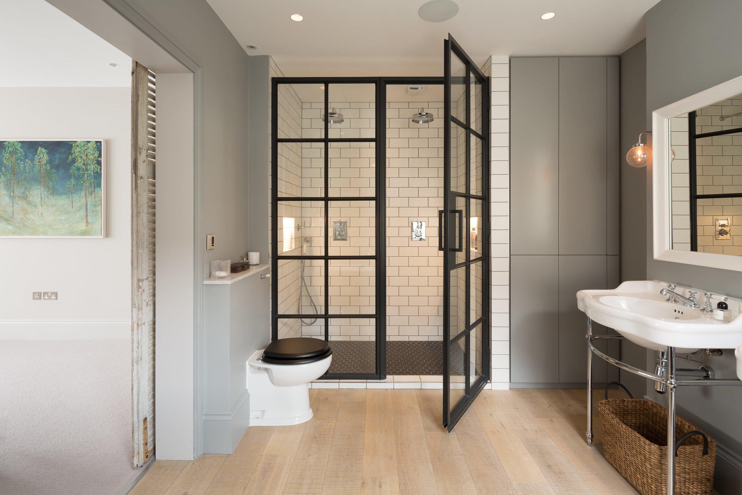 Pier Bathroom