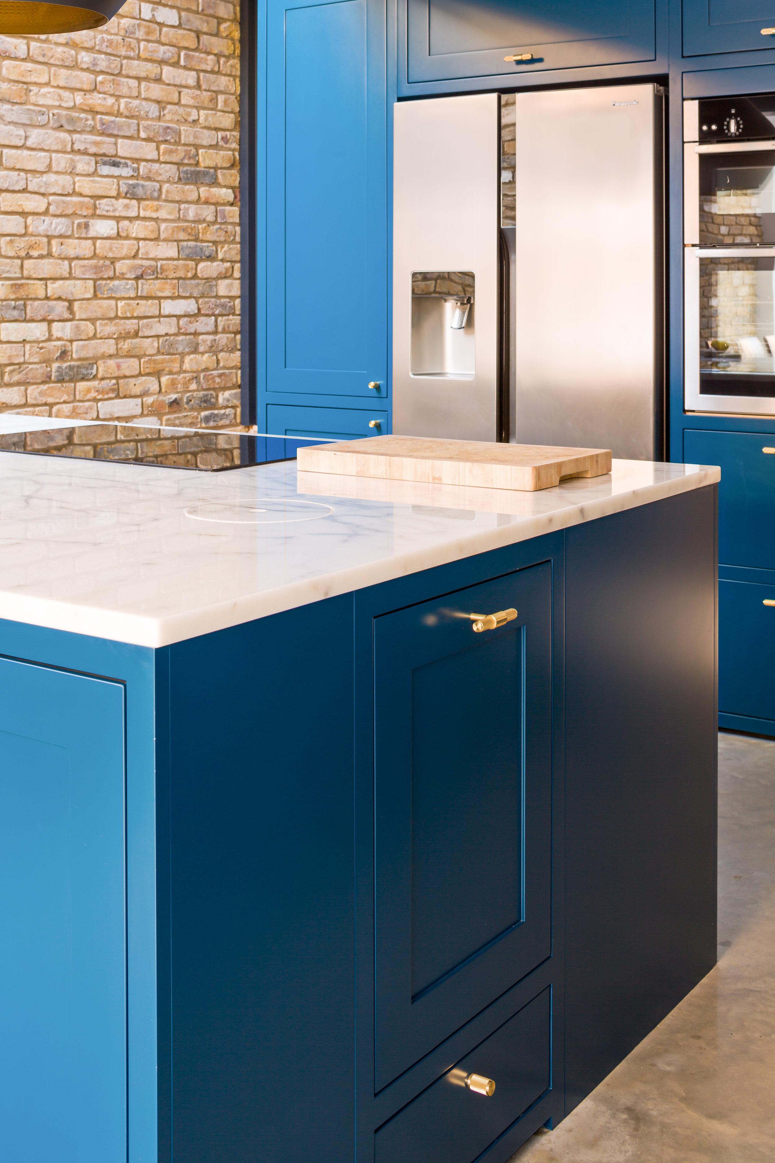 Shape Sapphire Kitchens