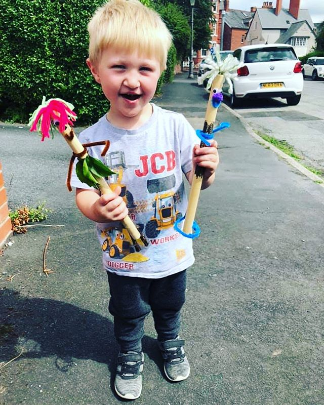 'I'm Stick Man, I'm Stick Man, I'm Stick Man that's me!' . . . . Diolch yn fawr iawn to everyone who came yesterday for dance, craft, play and disco fun! We read all about Stick Man and his adventures finding his way back to the family tree, then we had fun making our own Stick Man! . . We've got one more under 4's morning happening this Summer on August 17th, follow the link in our bio for booking information! . What story shall we dive into next?! 🤔🤔🤔 . #Dance #creativelearning #freeplay #toddlerdance #powys #llandrindod