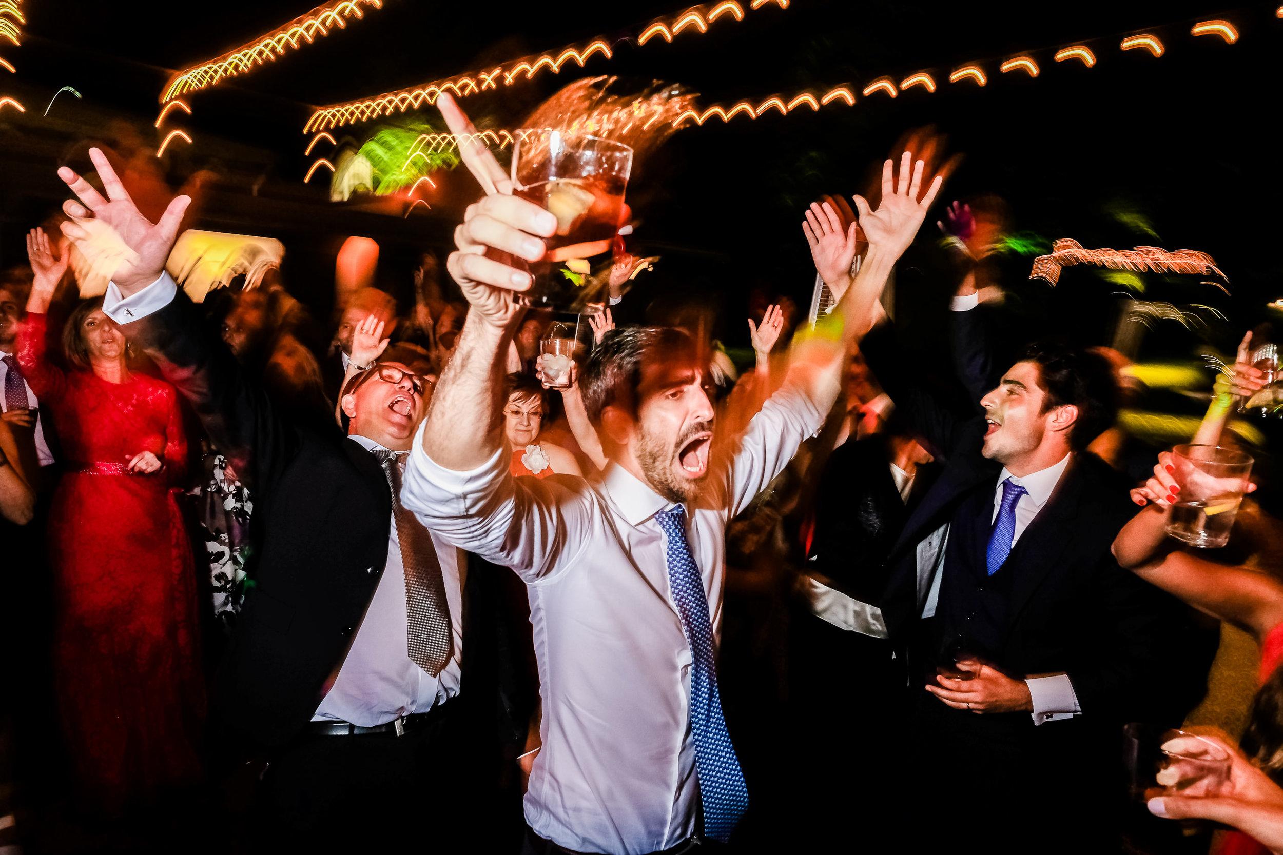 como tener una fiesta divertida en tu boda