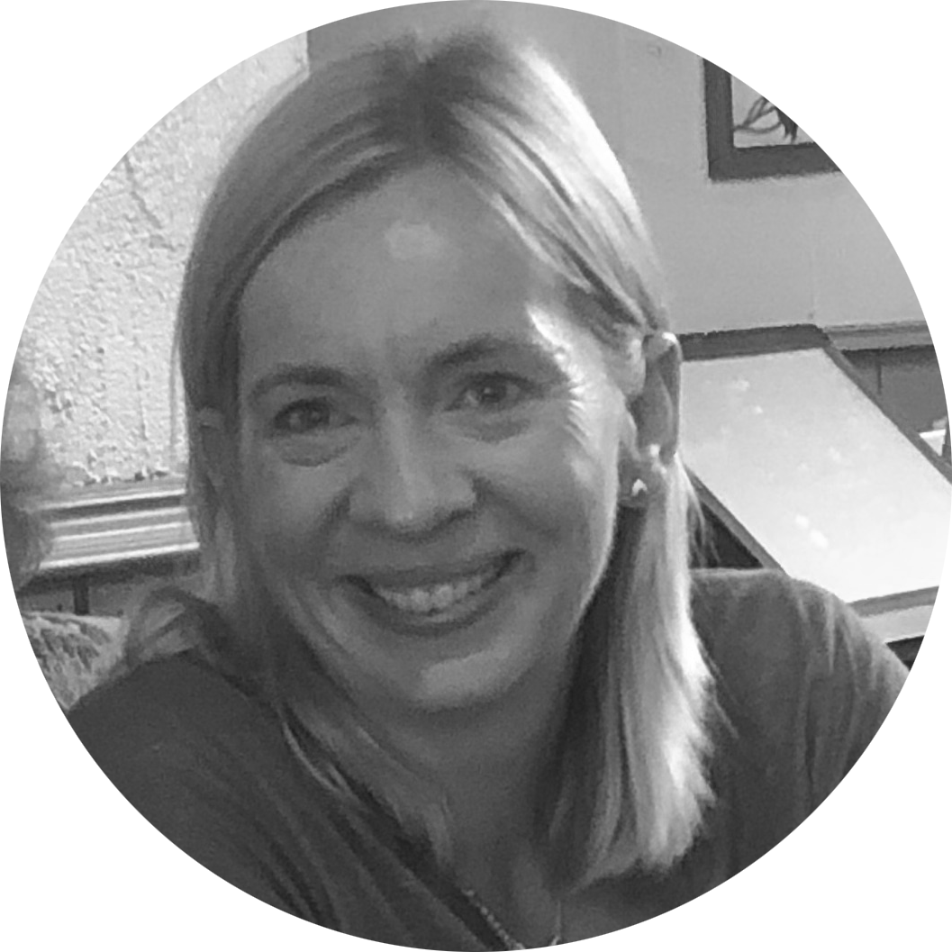 """FLEUR  Reception  """"Hello! I'm Fleur and I come to First Impressions from an IT and retail background. I love making clients feel welcome, hearing all about their day and having a giggle along the way. I look forward to meeting you.""""  🖤"""
