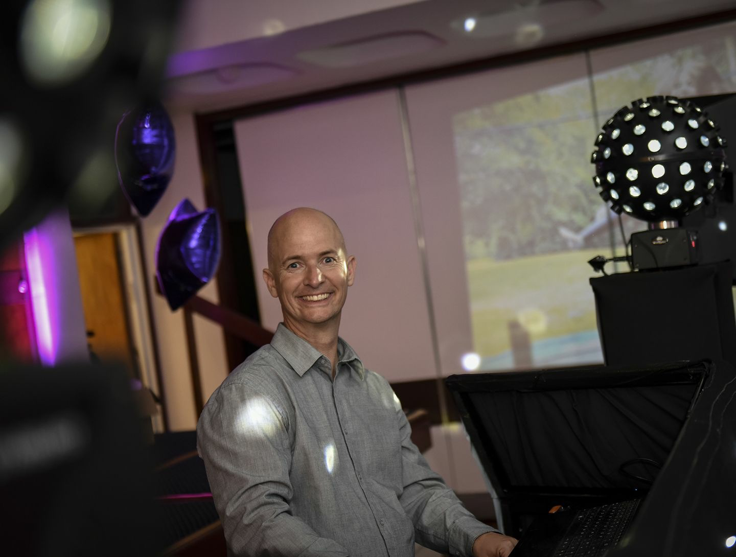 childrens-party-entertainer-essex-8.png
