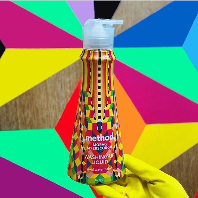 We're huge fans of @method_uk's super colourful Instagram strategy 🌈 The plant-based cleaning brand is certainly disrupting the monochrome cleaning scene through bold colours, striking designs and influencer marketing.  Go on, have a scroll!