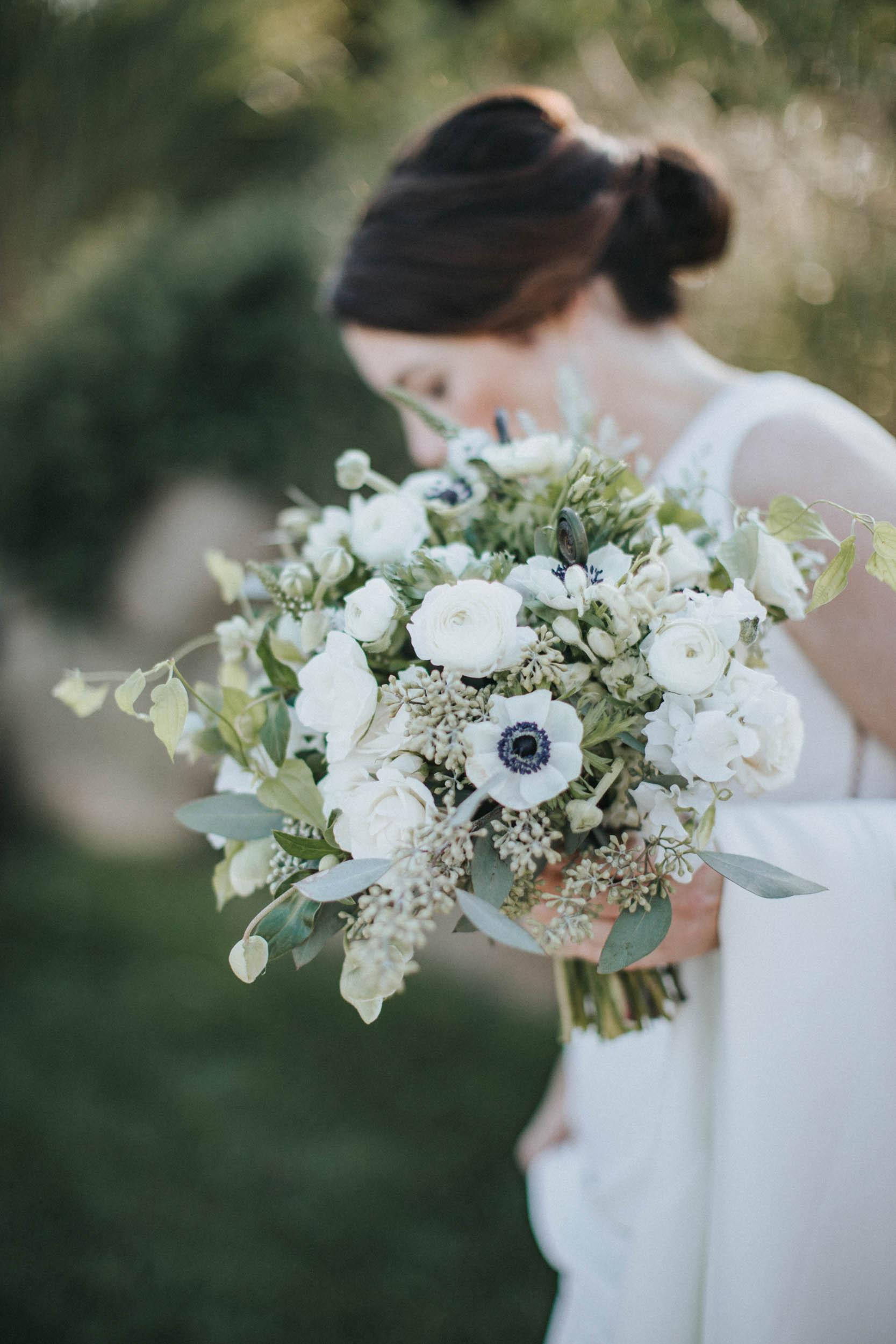 lilacs-florals-wedding-florist-bouquets-hires-021.jpg