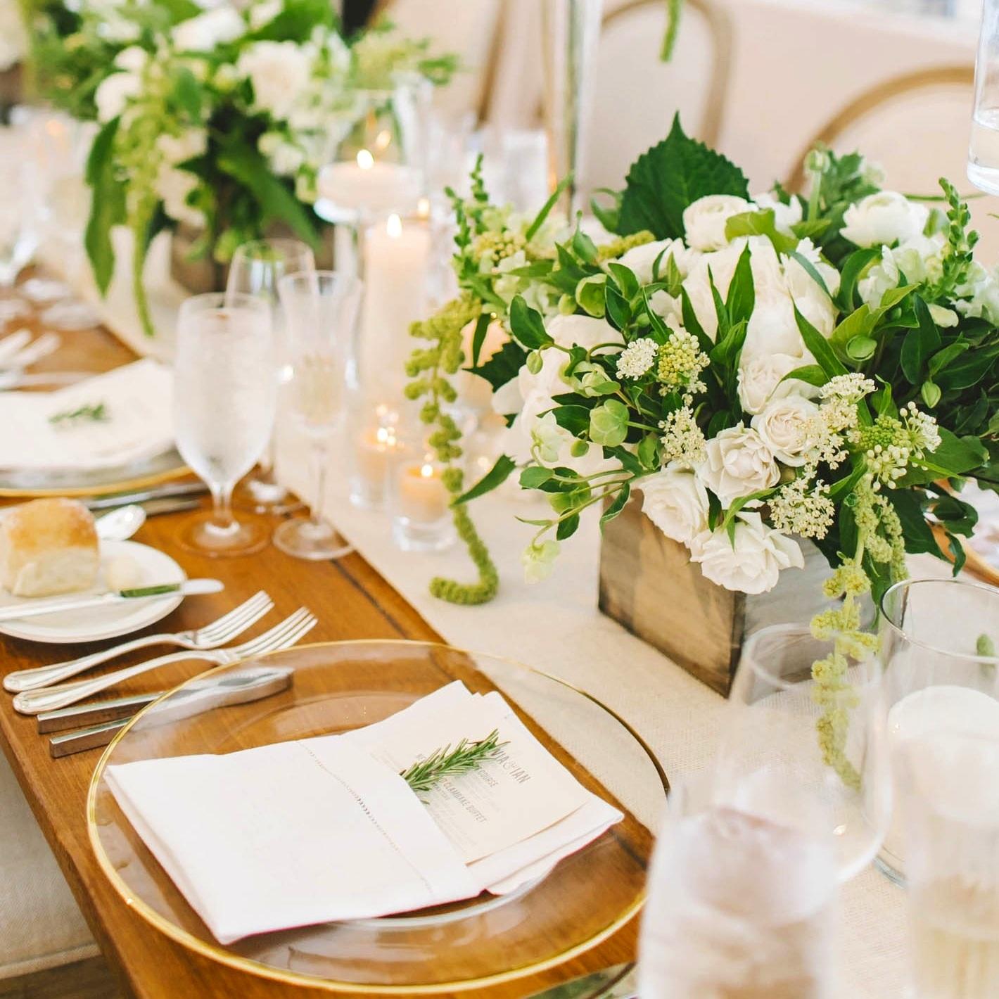 lilacs-florals-wedding-florist-tents-hires-085.jpg
