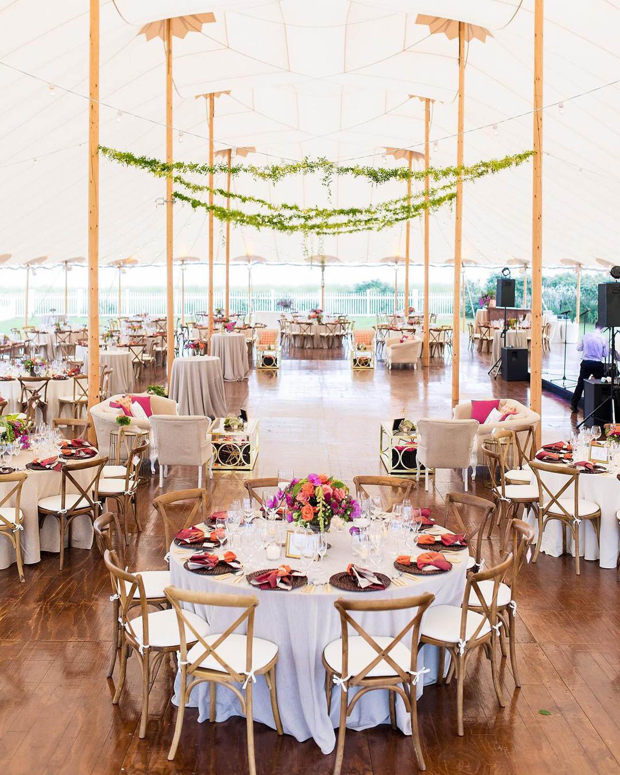 lilacs-florals-wedding-florist-tents-hires-086.jpg
