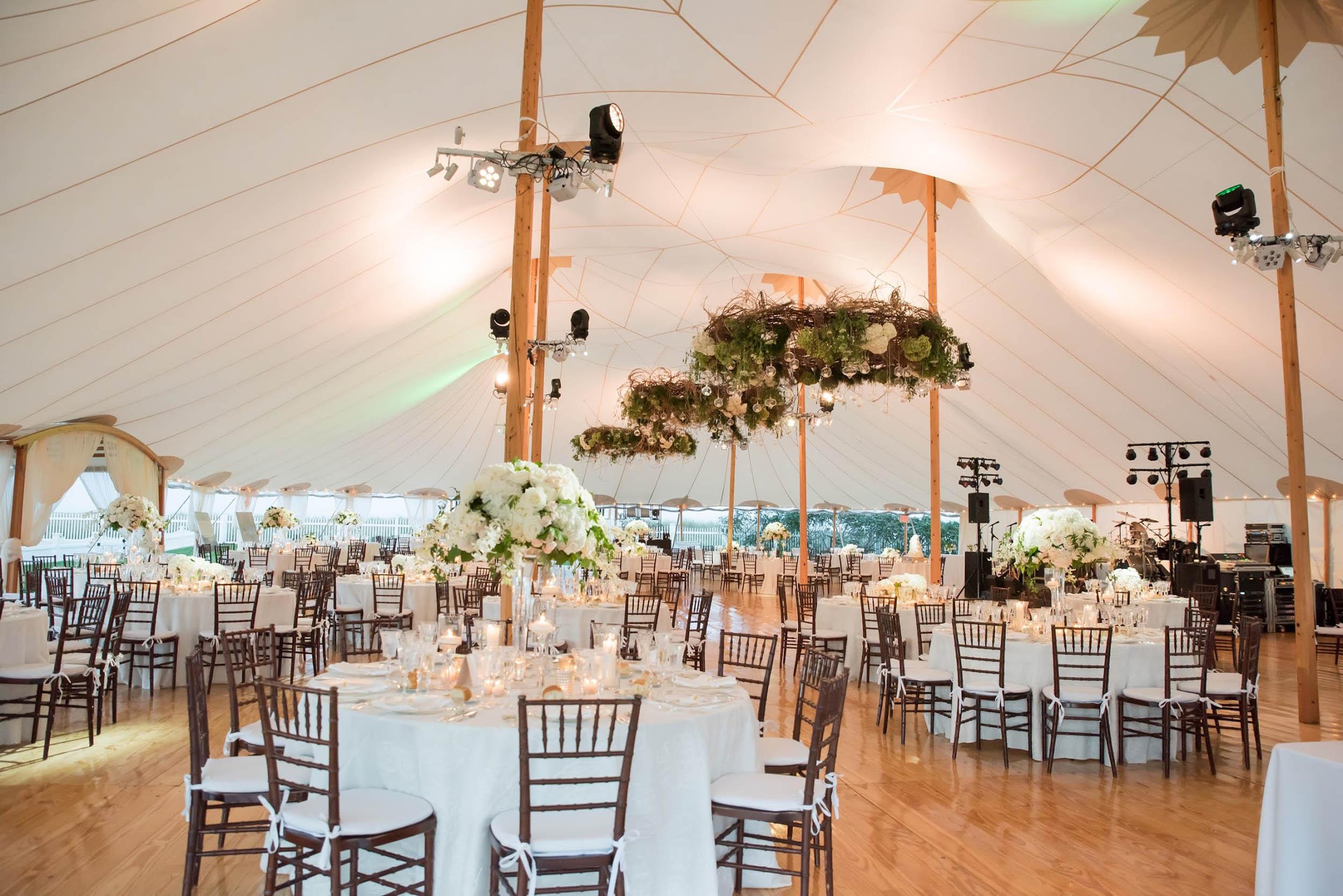 lilacs-florals-wedding-florist-tents-hires-087.jpg