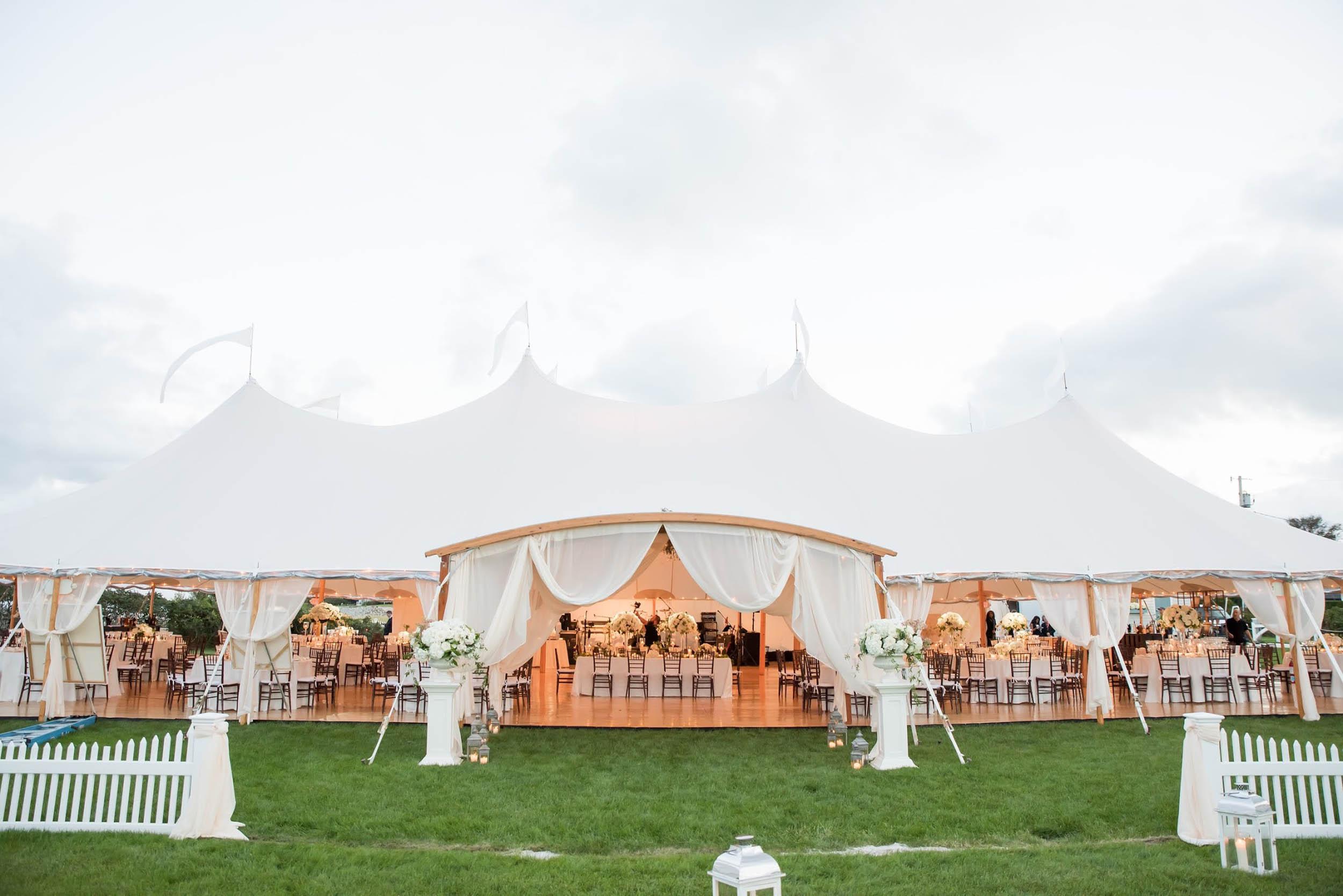 lilacs-florals-wedding-florist-tents-hires-088.jpg