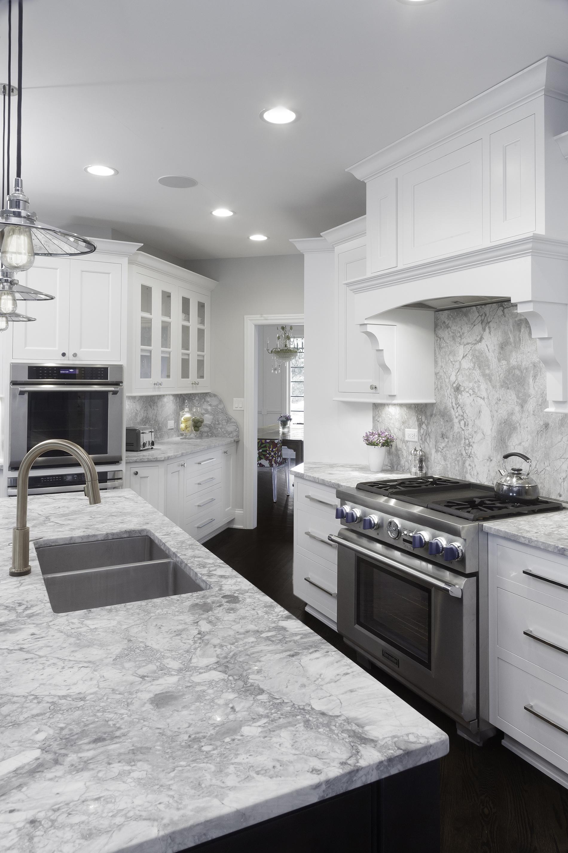 Kitchen_3of4.jpg