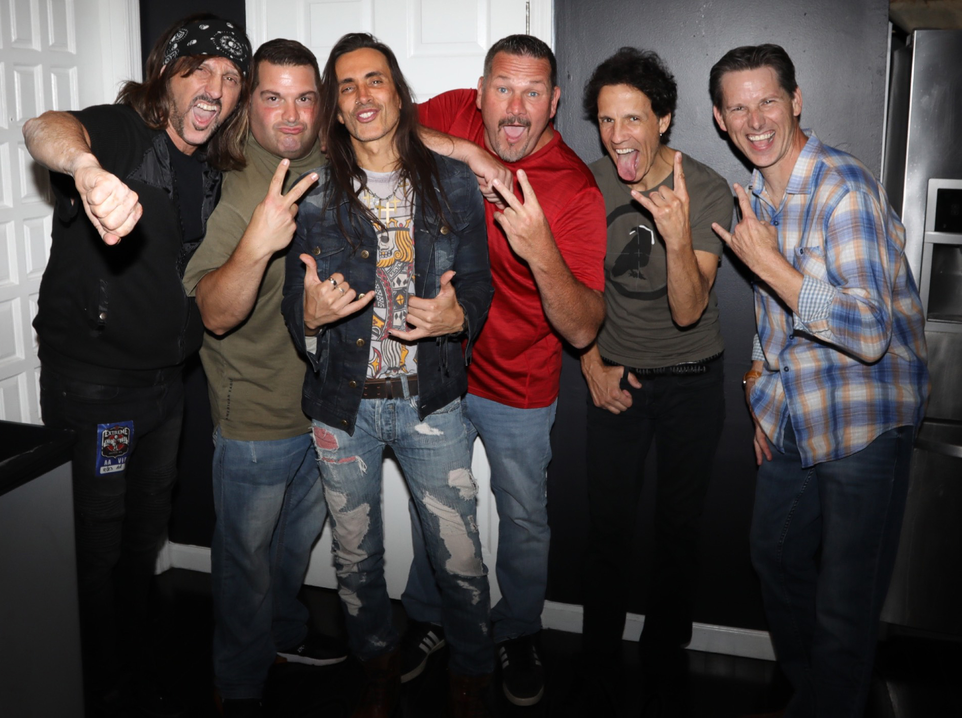 """Nuno Bettencourt and Gary Cherone from Extreme with the cast of """"GONE FOR THE WEEKEND"""""""