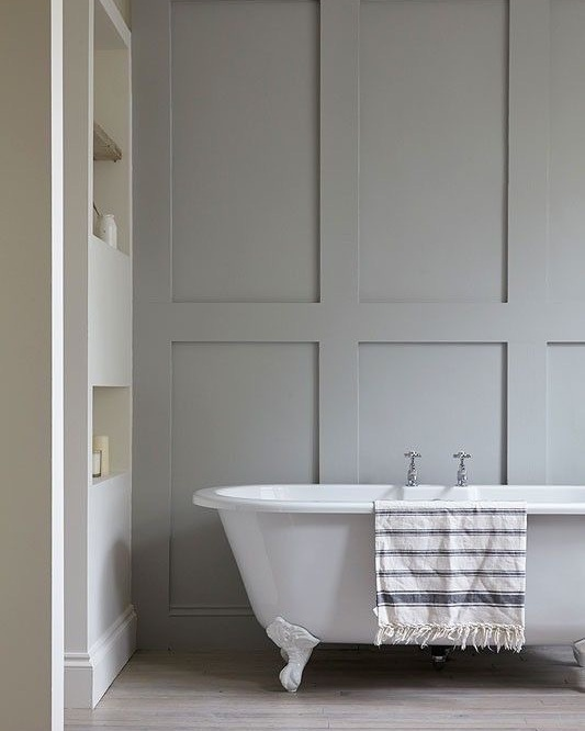 Dorset+Bathroom+With+Paneled+Walls.jpg