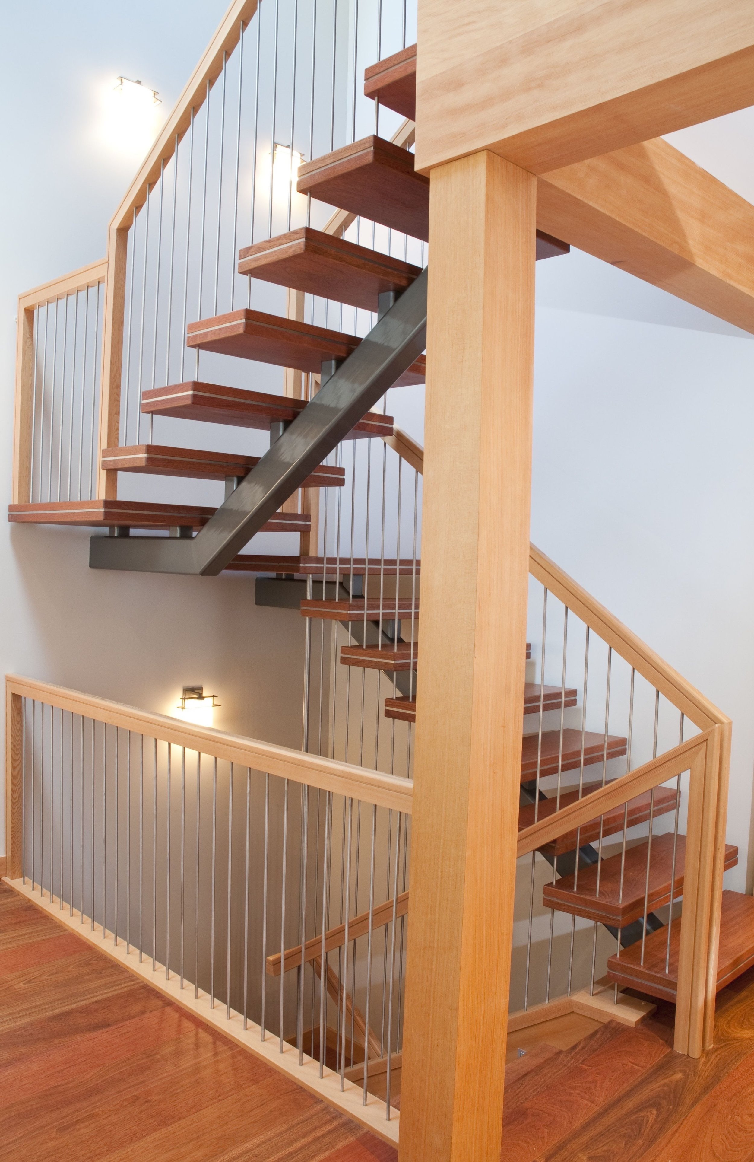 Mono Stair With Steel And Wood.jpg