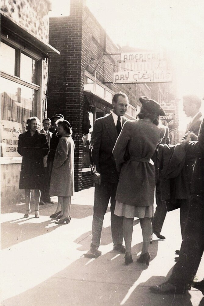 storefront church people.jpg