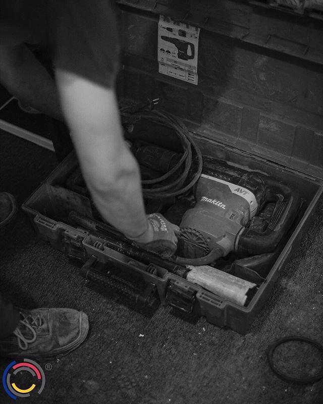 Heute bleiben unsere Werkzeuge im Koffer – gestern haben wir nämlich unser 20. Jubiläum gefeiert. 🍻 #wirbeikronegt #teamkronegt #kronegt
