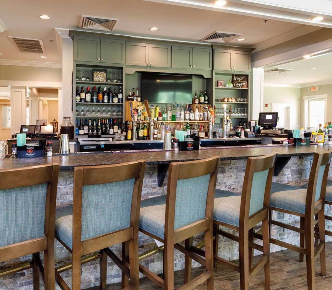 oak-terrace-at-rose-hill-restaurant-and-event-venue-bluffton-sc-bar.jpg