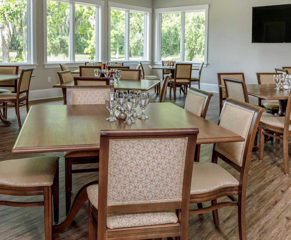 oak-terrace-at-rose-hill-restaurant-and-event-venue-bluffton-sc-indoor-seating.jpg
