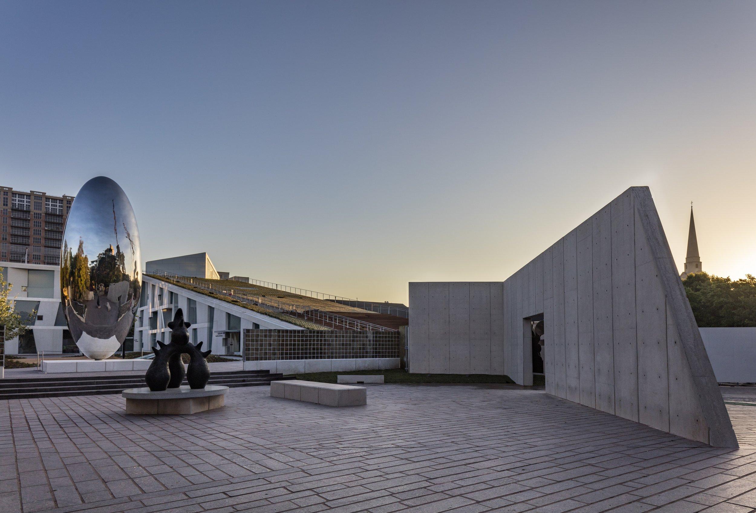 GSA final 3 - View of the Glassell School of Art from the Cullen Sculpture Garden; Photograph © Richard Barnes - Smaller.jpg