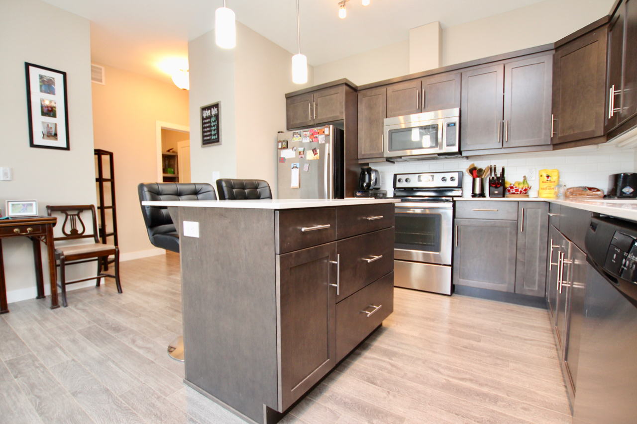 993 Square Feet - 2 Bedrooms / 2 Baths / 1 Indoor Parking Stall /DOWNLOAD MLS LISTINGDOWNLOAD FEATURE SHEET