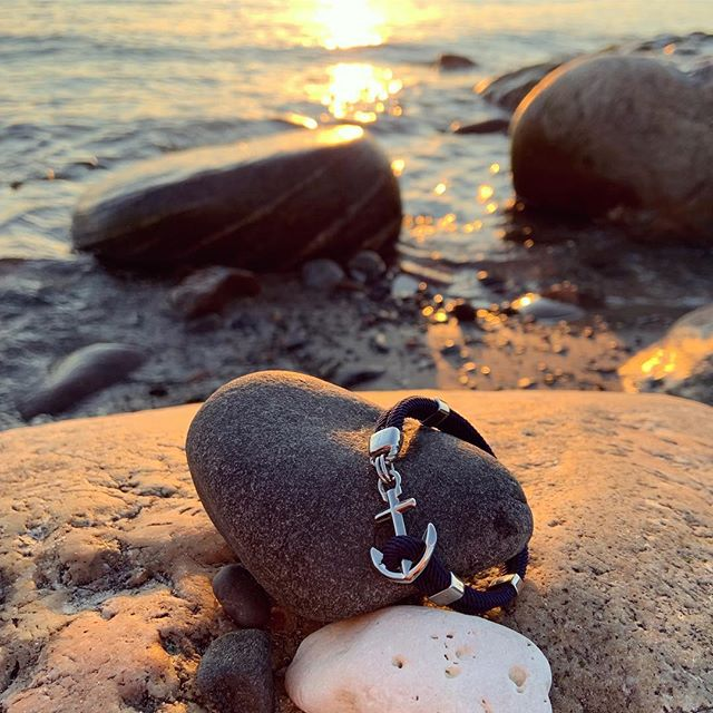 Out timeless anchor bracelet in the sunset on our island Hönö.