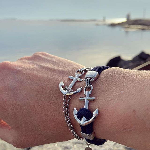 The original Swedish anchor bracelet from Hönö island. Get your waterproof bracelet at www.marissal.se and stay anchored to your dreams! ⚓️
