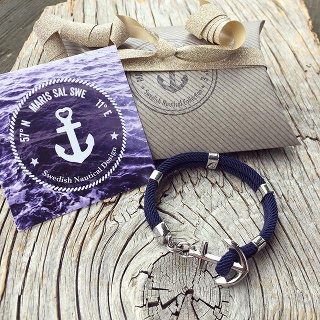 Den perfekta marina presenten finner du hos Maris Sal. Alla våra armband är vattentåliga och slitstarka, gjorda för att följa med dig på livets alla äventyr, under eller ovanför vattenytan. Direkt länk till vår webbutik marissal.se finner du i vår profil. Välkommen!