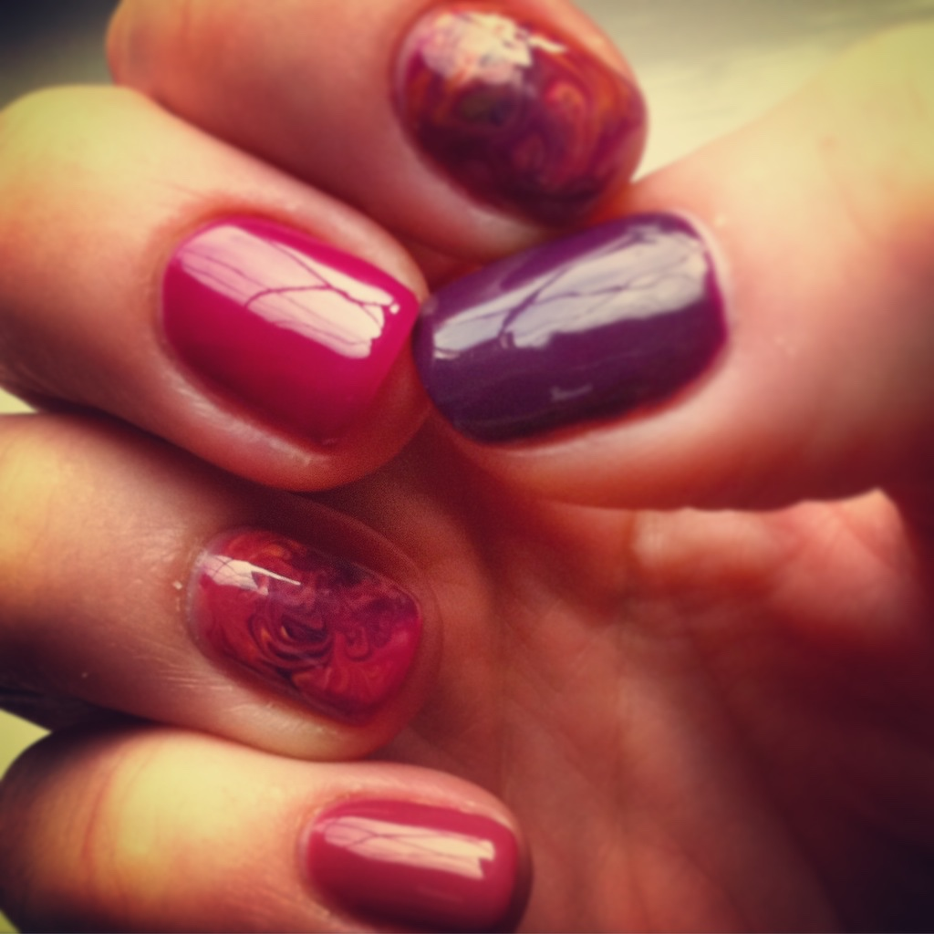 Autumnal tones with marble effect