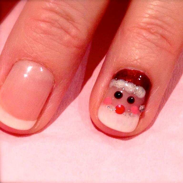 Santa face nail art