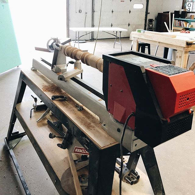 The shop now has a sweet new wood lathe!! 🙌🏼 (huge thanks to one of our members for hooking us up with this awesome tool!) Come try it out!! .Open 10-6 today & tomorrow, & 2-9 Friday and Saturday!