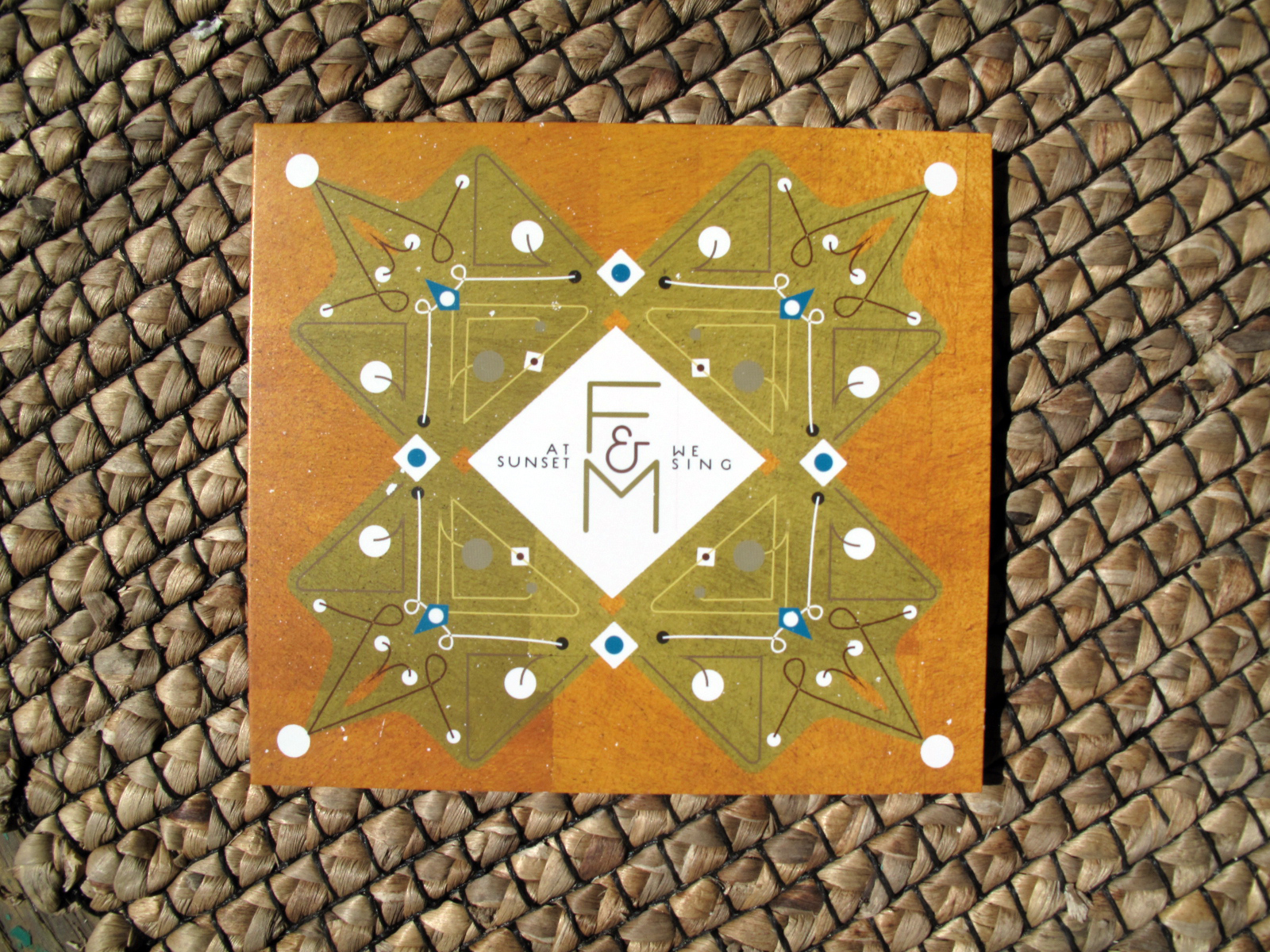 F & M / At Sunset We Sing  Album design for duo  F & M . They wanted it to look like a Portuguese tile!    2014