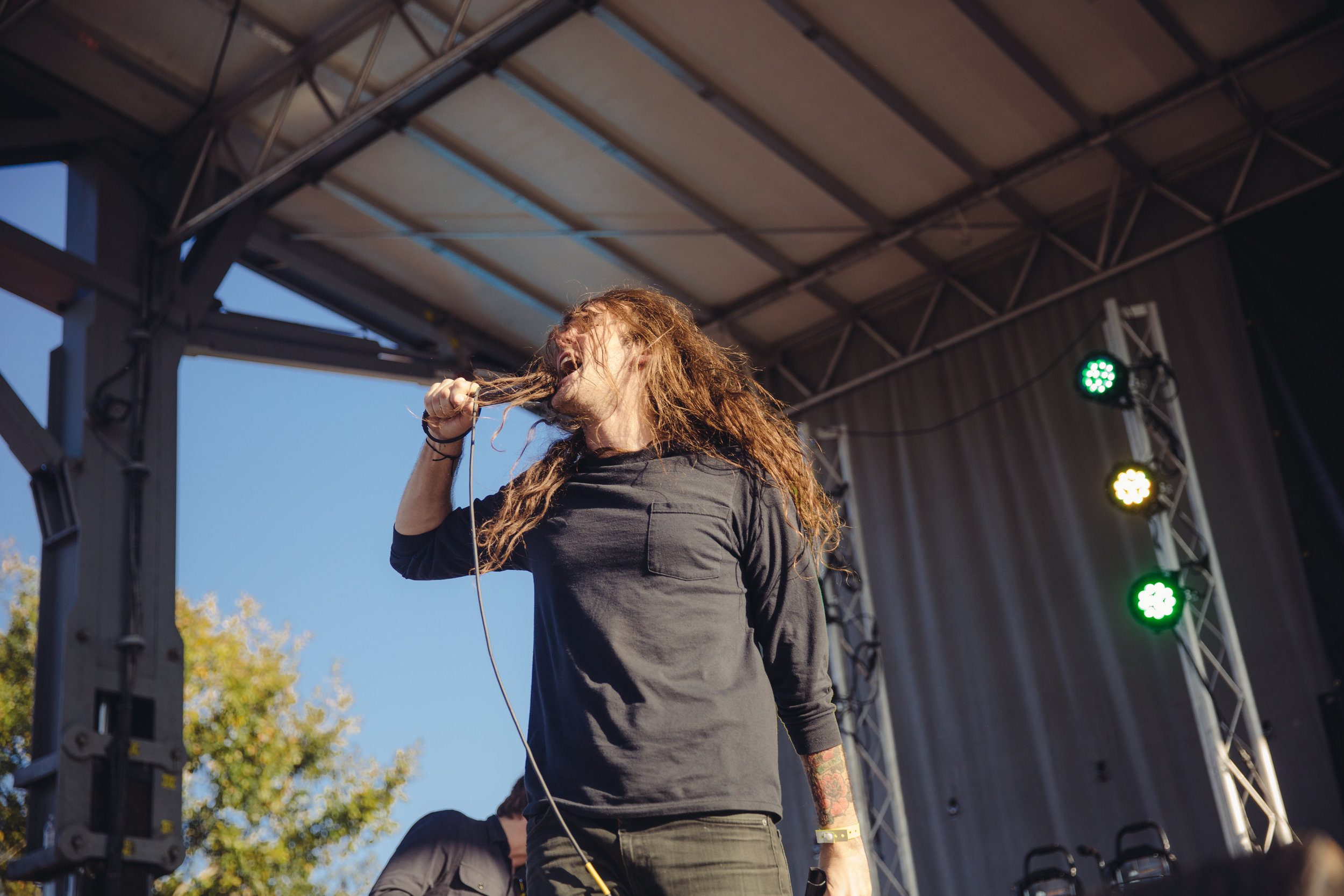 pianos-become-the-teeth---fest-14_22658455994_o.jpg