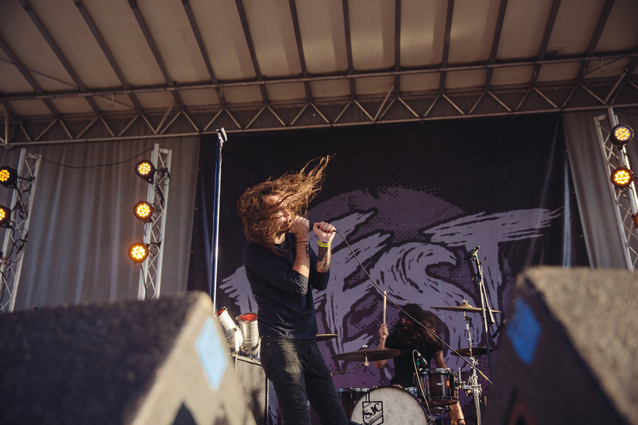 pianos-become-the-teeth---fest-14_22658477844_o.jpg