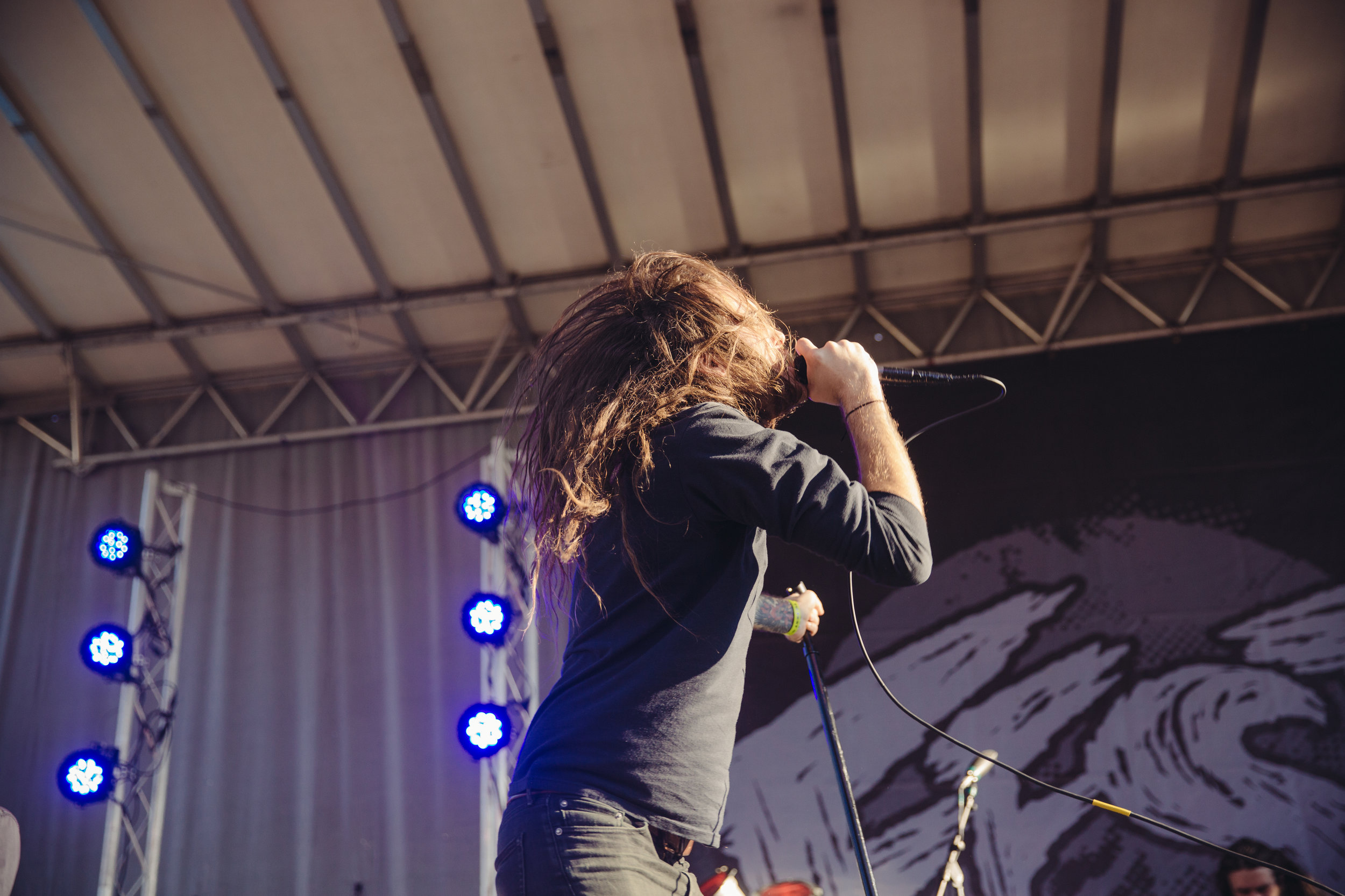 pianos-become-the-teeth---fest-14_22659727863_o.jpg