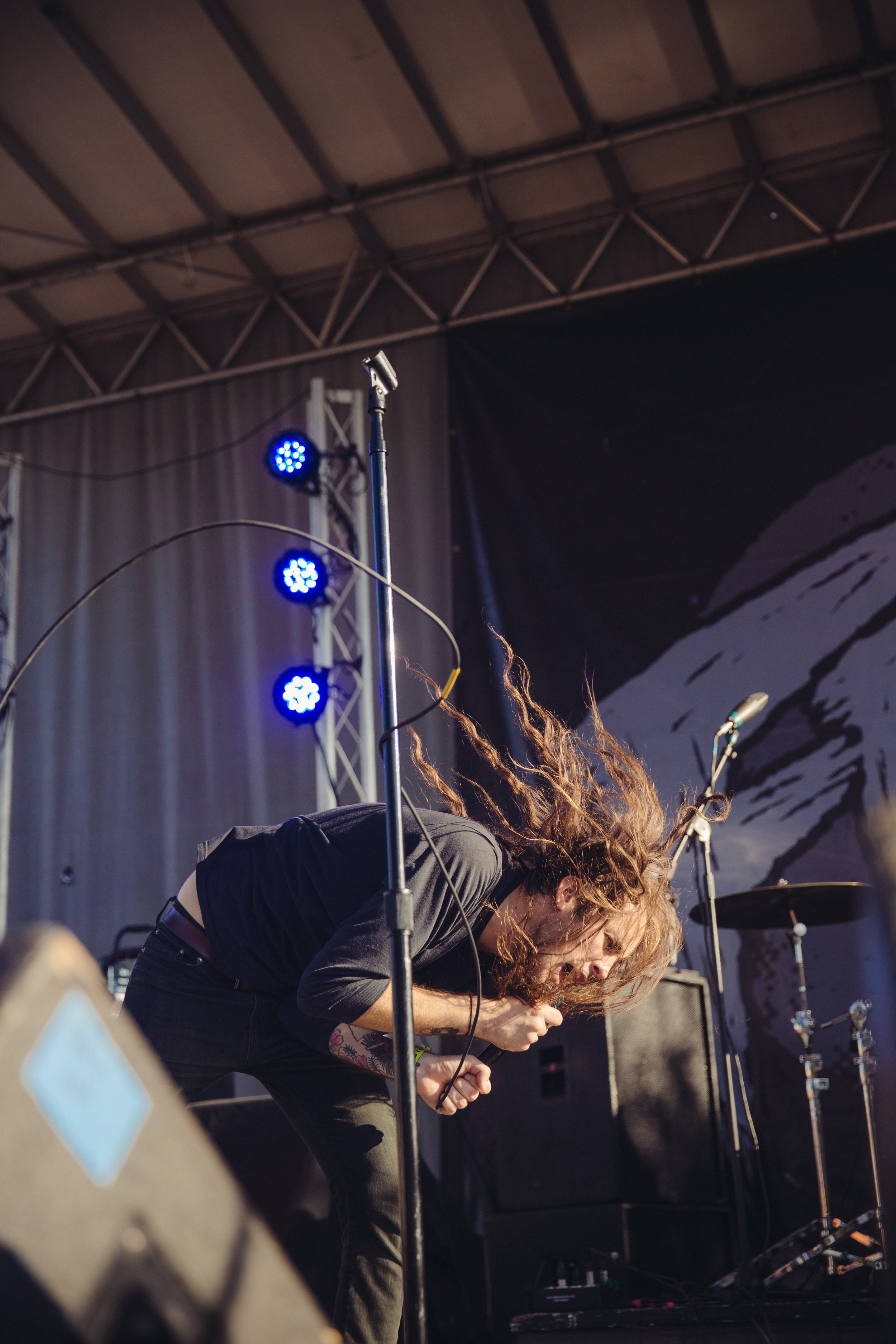 pianos-become-the-teeth---fest-14_22918908919_o.jpg
