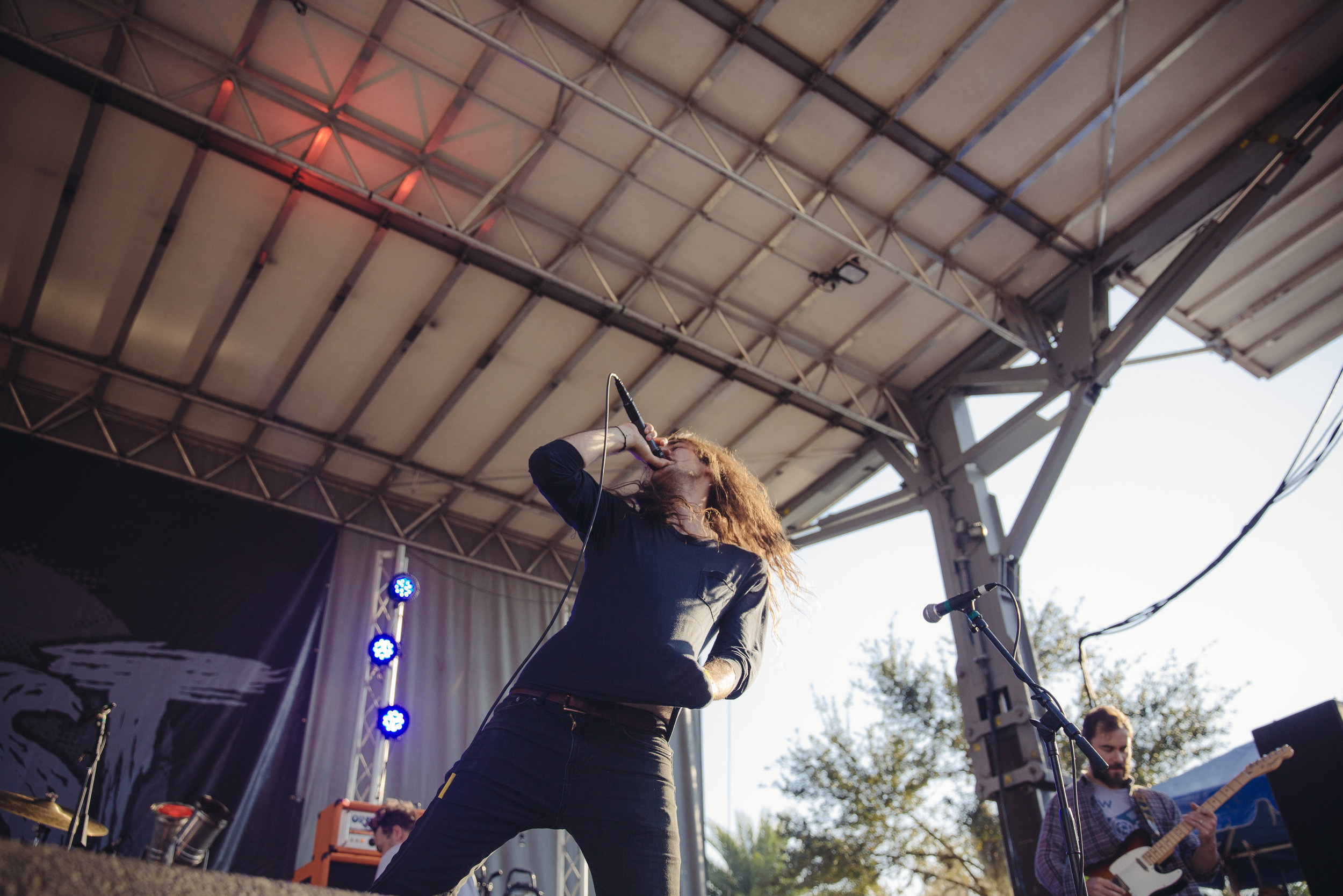 pianos-become-the-teeth---fest-14_23178540362_o.jpg