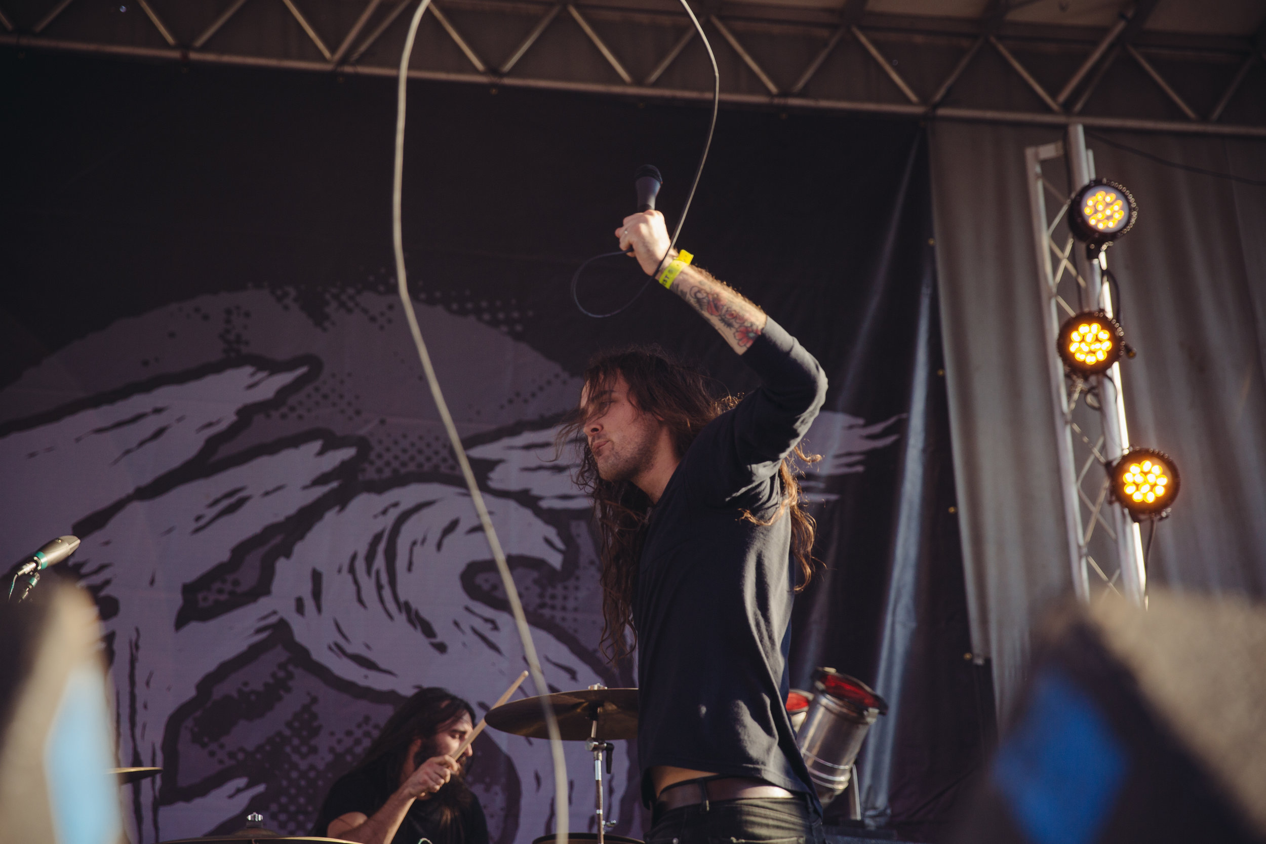 pianos-become-the-teeth---fest-14_23260721376_o.jpg