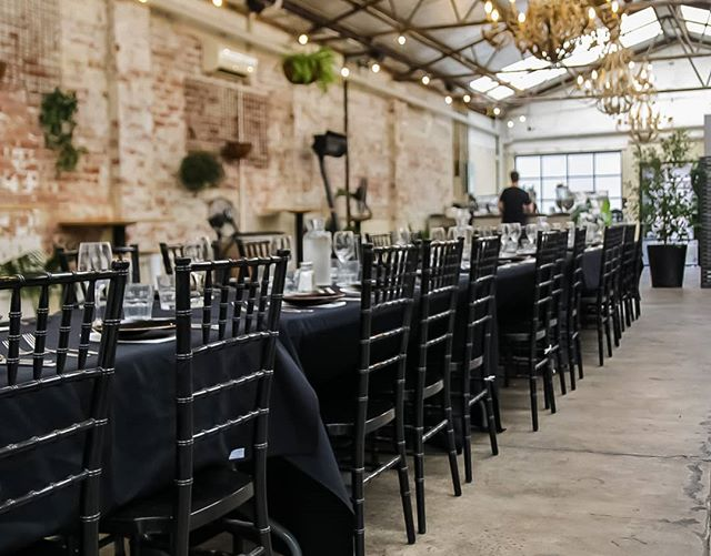 Still rushing to find that last minute venue for your Christmas Party..? 😍👌🍻Look no further just call! (03) 9690 4511 or email functions@chgaustralia.com 📲 #bellshotel #southmelbourne #christmasiscoming #christmasparty #functionspaces #functions