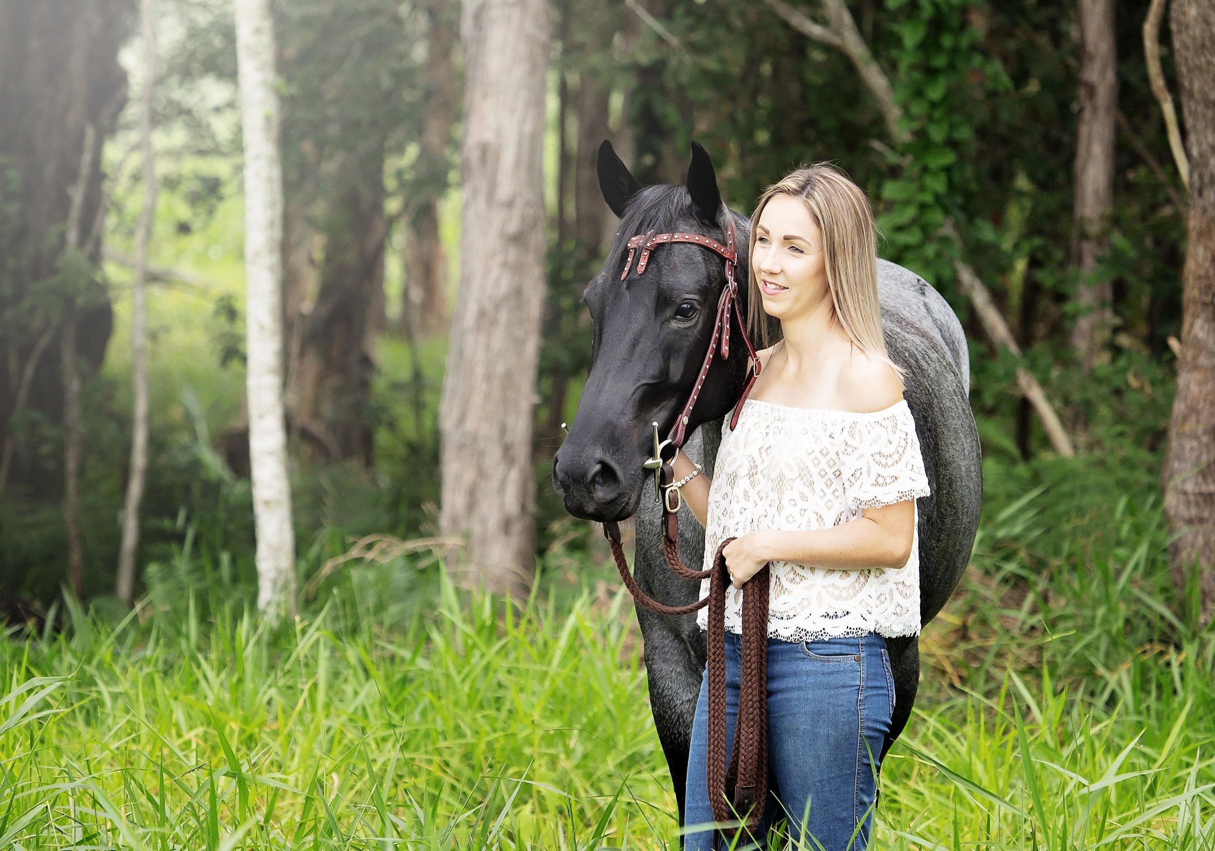 horse-natural-light-samgoodwinportraits copy.jpg