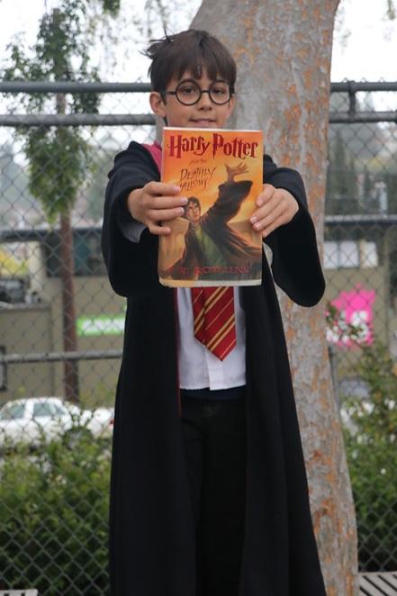 Harry Potter reader.jpg