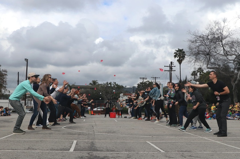 Balloon throw.jpg