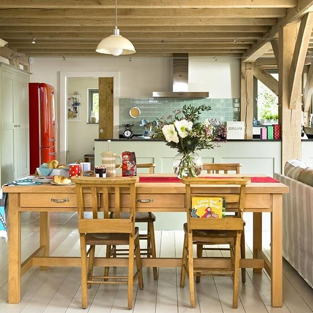 Contemporary Country Home... #fridayfeeling #cornwall #fowey #oakframe #timberframehouse #countryliving #countryhouse #sustainable #kitchendesign #kitchen #diningroom #livingroom #bedroom #childrensroom #rockinghorse #woodburner #woodburningstove #openplan #daisy #contemporary #design #oakframing @carpenter_oak #interiordesign #roderickjamesarchitects #roderickjames #architect