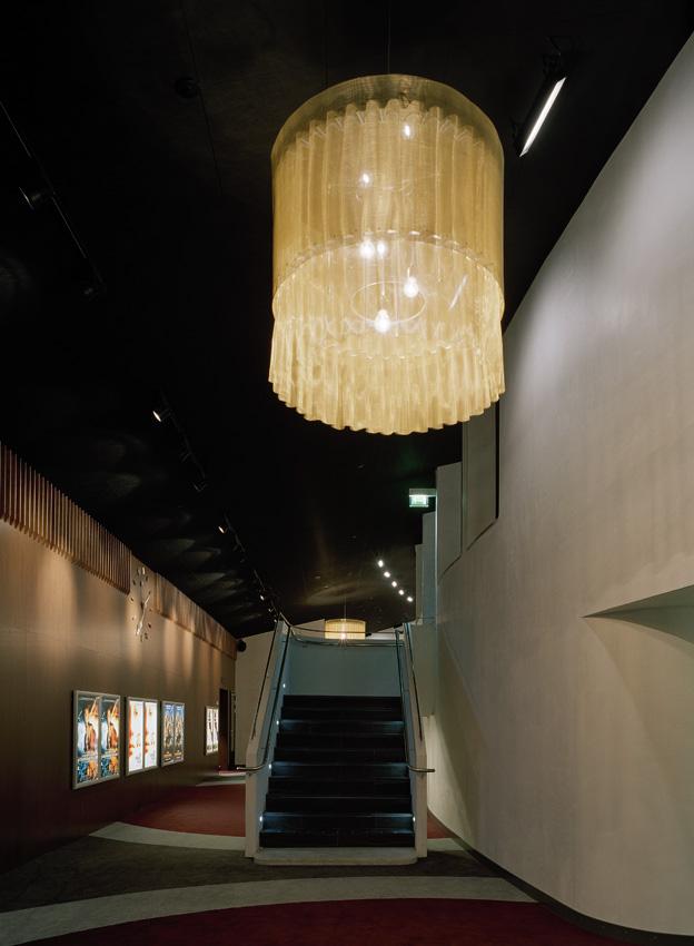 retail_filmstaden-vallingby_9 (1).jpg