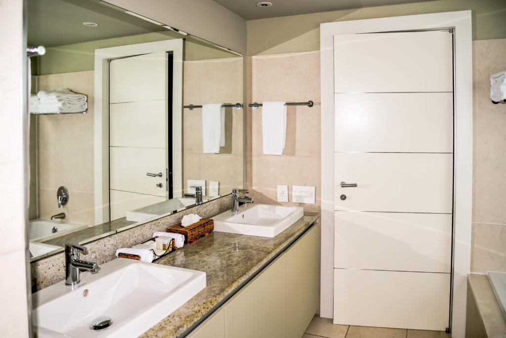 LeVele-Master-BathroomGT6_1047-2-1024x683.jpg
