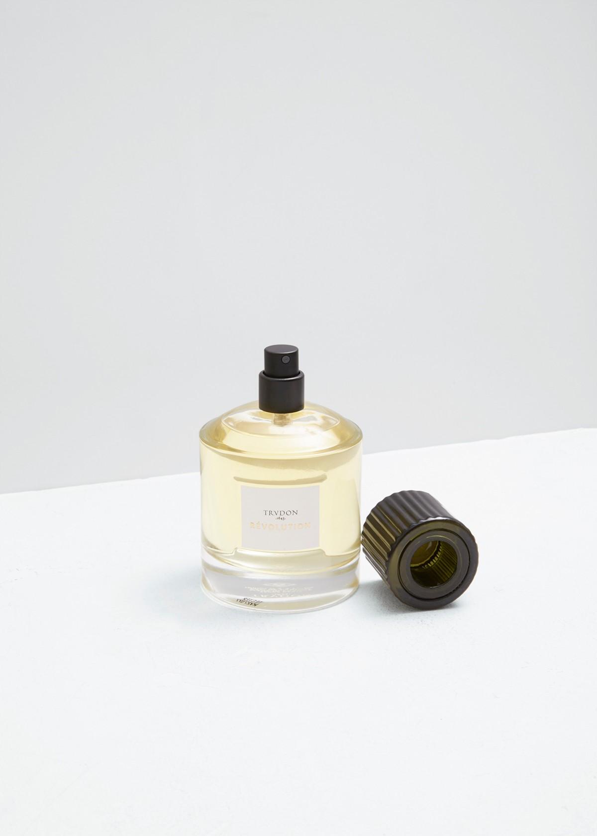 Cire-trudon-leparfum-Pauline Deltour-01.jpg